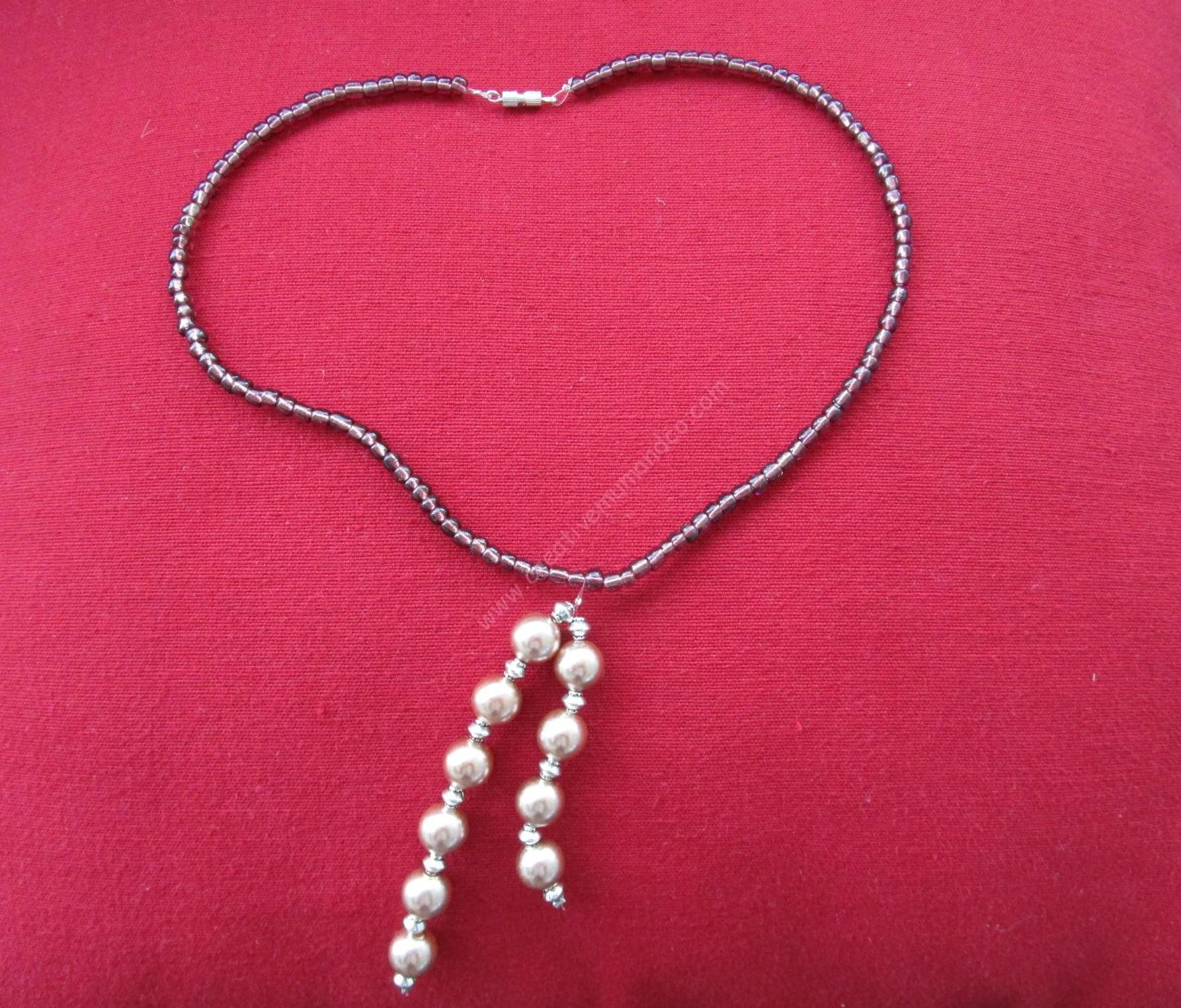 Diy un collier de perles tr s facile r aliser cr ation solidaire - Creation facile a realiser ...