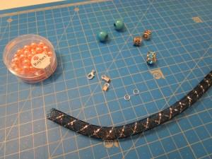 Tuto bracelet tube resille et charms fournitures