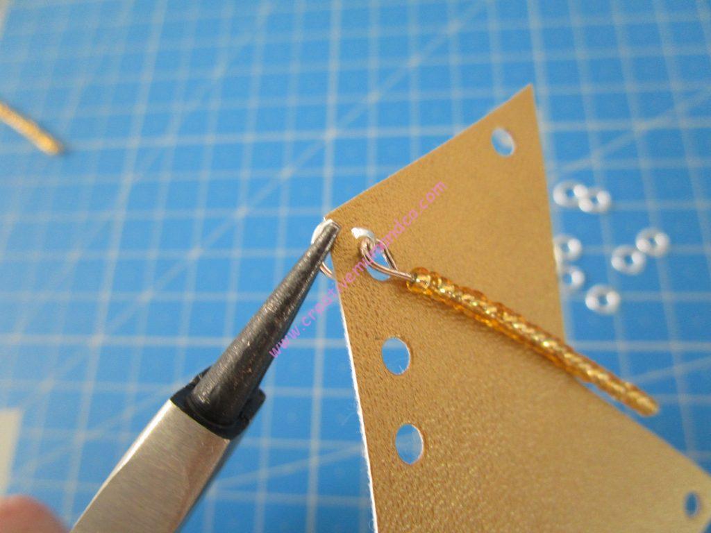 sautoir simili cuir et perles étape