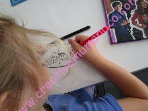 DIY: un bracelet Chica Vampiro coloriage du plastique fou par les enfants