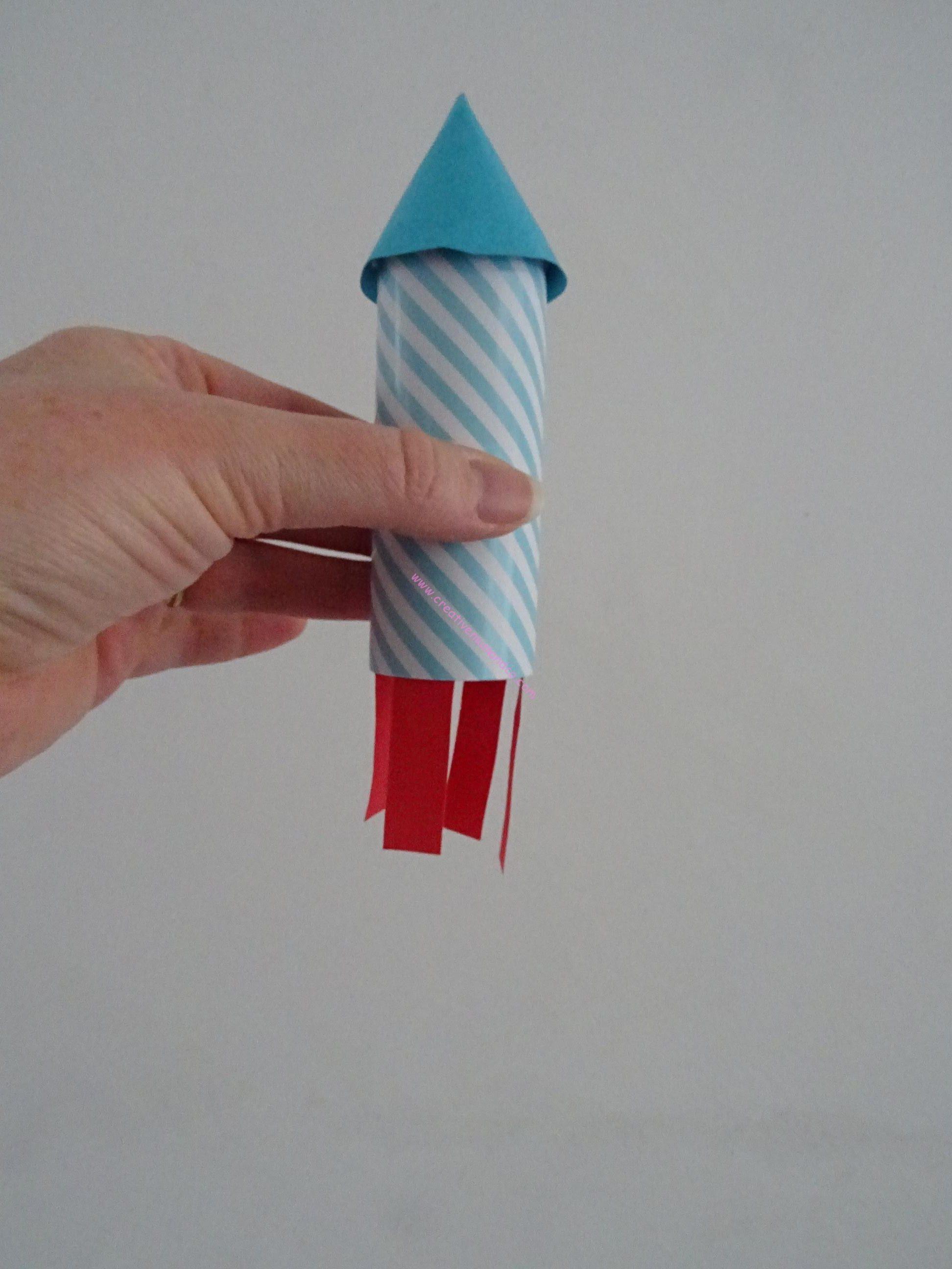 Fabriquer et lancer des fus es ou feux d 39 artifice avec les enfants tuto photos vid o - Dessiner une fusee ...